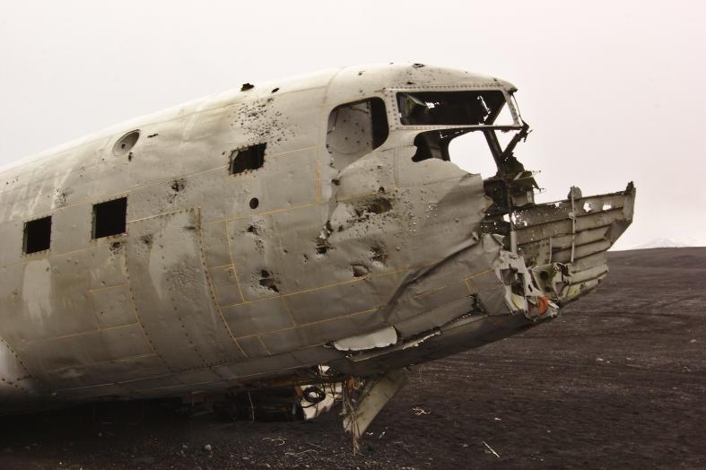 L'aereo abbandonato sulla spiaggia di Sólheimasandur